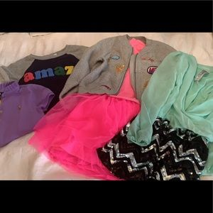 Girls lot of clothes size medium, 6-7